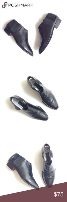 Cole Hann ankle Booties Cole Hann ankle Booties in black, size 7.5, true to size. Made in Italy. The foot bed have signs of wear (faded) pls see photo and sole of the shoe have signs of wear also other than that, in great condition. Cole Haan Shoes Ankle Boots & Booties