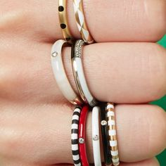 The temperature in NYC hitting you like 👊🏻 Love Bracelets, Cartier Love Bracelet, Bangles, Nyc, Bling, Jewelry, Instagram, Bracelets, Jewel