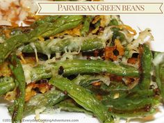 Budget Savvy Diva's Parmesan-Roasted Green Beans ©EverydayCookingAdventures Hanukkah Food, Hanukkah Recipes, Parmesan Roasted Green Beans, Thanksgiving Recipes, Christmas Recipes, Seaweed Salad, Veggie Recipes, Asparagus, Vegetables