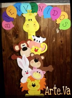 Cartel animalitos ¨Bienvenidos¨. Easy Crafts, Diy And Crafts, Crafts For Kids, Rustic Mason Jars, Safari Party, Classroom Door, School Decorations, Animals For Kids, Kids Learning