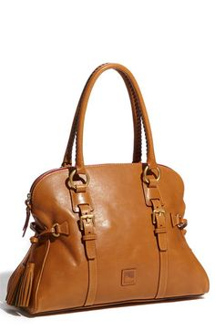 O.M.G.!!!  I've been looking for a purse like this!!!  I love both this color (natural) and the chestnut (a darker brown).  I need both!!!  =)