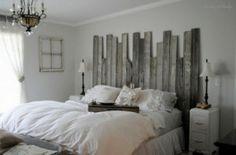 Schöne Idee das Kopfende vom Bett selbermachen aus alten Holzbrettern