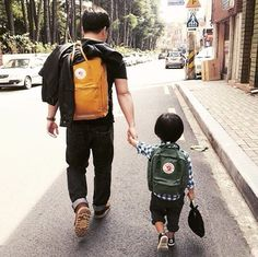 Love this father-son #kankenkreep #streetstyle