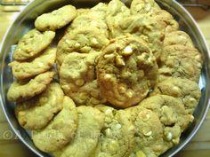 Cookies al Cioccolato Bianco e Noci Macadamia, Ricetta Internazionale, A Pinch of Italy