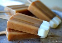 Iced Coffee Popsicles ~ this is the way to get your morning (or evening!) cup of coffee when it's hot out, these refreshingly caffeinated popsicles are like a long tall drink of iced coffee, on a stick! Delicious Desserts, Dessert Recipes, Yummy Food, Tasty, Easy Desserts, Frozen Desserts, Frozen Treats, Coffee Popsicles, 3 Ingredient Desserts