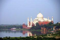 Trip to India #indianculture #india #incredibletaj #incredibleidia #samedaytour #explore #travel #traveller #rotary #rotarylife #agra #TAJMAHAL #handmade #marble #brillocraft #tajmahal
