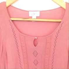 Ann Taylor Loft Key Hole Knit Top This top is super cute and flirty and will be an excellent addition to your spring and summer wardrobe.  It is a very light weight knit with flattering details. Ann Taylor Tops