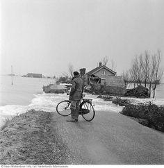 Watersnoodramp 1953 Oostvoorne ontsnapte tenauwernood.