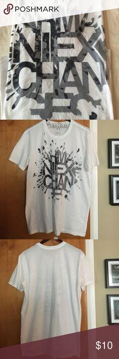d2a18dce86ab3 Armani Exchange tee A Men s Armani Exchange t-shirt - size Large. A white
