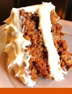 The BEST Carrot Cake EVER! My boyfreinds wife made them Carrot Cake cupcakes.huh I have never had such moist carrot cake in my life, mine always turns out delish but deffinitely needs the frosting. Just Desserts, Delicious Desserts, Dessert Recipes, Yummy Food, Icing Recipes, Dinner Recipes, Dessert Healthy, Vegan Desserts, Breakfast Recipes