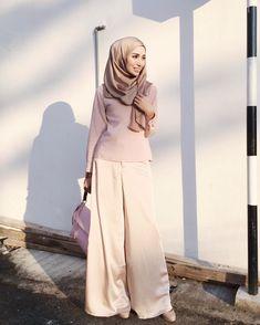 Likes, 22 Comments - chic hijab Fashion Wear, Modest Fashion, Fashion Pants, Fashion Outfits, Fashion Styles, Muslim Women Fashion, Islamic Fashion, Hijab Wedding Dresses, Hijab Dress