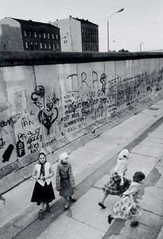 Turkish girls at the West Berlin Wall. Germany, 1987