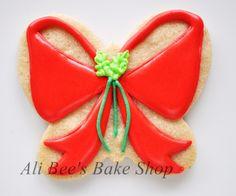 Ali Bee's Bake Shop: Tutorial: Christmas Bow