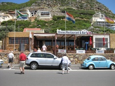 Great food and great view over False Bay. Apartheid, Table Mountain, Beach Tops, Places Of Interest, Adventure Is Out There, Great View, Homeland, Cape Town, Restaurant Bar