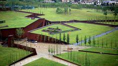 Un parque en Wenchuan de China, donde se encuentra con el suelo por enormes grietas, para conmemorar el gran terremoto de 2008, donde 70.000 muertes. Un proyecto de Cai Yongjie.