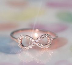White gold infinity ring! Promise ring please???