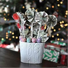 Lucky Lollipops | Super Cool DIY Christmas Gifts For Teens