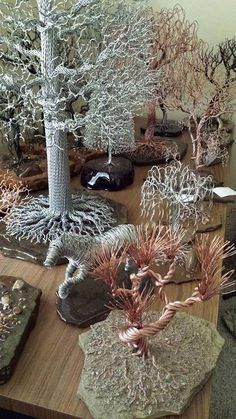 """Check out our internet site for additional relevant information on """"metal tree art decor"""". It is actually an outstanding area to find out more. Wire Tree Sculpture, Art Sculpture, Wire Sculptures, Tree Wall Decor, Art Decor, Galerie Creation, Tree Artwork, Metal Tree Wall Art, Metal Artwork"""