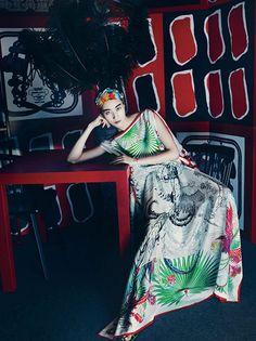 Color Theory Therapy| Moda| Serafini Amelia| Harper's BAZAAR Korea July 2014