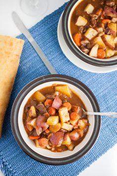 This Classic Hearty Beef Stew recipe is perfectly seasoned and full of potatoes and carrots. This healthy winter classic is sure to fill you up! Beef Stew Recipe Stove, Beef Stew Stove Top, Hearty Beef Stew, Beef Recipes, Soup Recipes, Great Recipes, Cooking Recipes, Favorite Recipes, What's Cooking