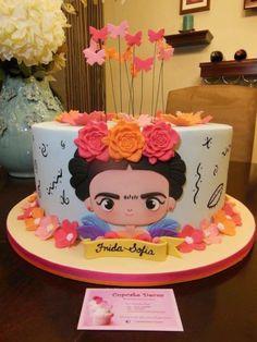 Festa Frida Kahlo: bolo com rostinho da Frida criança
