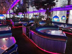Las Vegas, NV:  The Peppermill is a must!  Located right on the strip, great for breakfast, lunch, dinner, and 3am nachos!