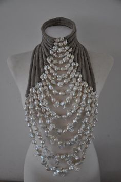Wouldn't this be amazing with a long black strapless dress for a fancy party? Delores de Jong necklace for the haute couture fashion show by Mart Visser, The collier is made of white baroque pearls and suede. Jewelry Accessories, Fashion Accessories, Jewelry Design, Fashion Jewelry, Fashion Necklace, Diy Fashion, Fashion Clothes, Fashion Fashion, Runway Fashion