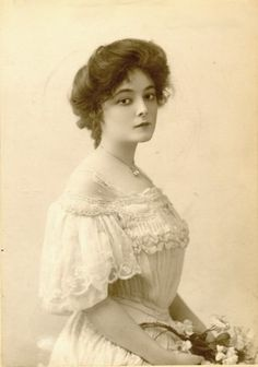 Edwardian Actress Marie Doro