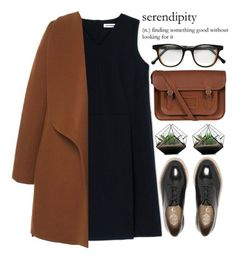 Manteau camel + robe noir + sac cartable + derbies vernis