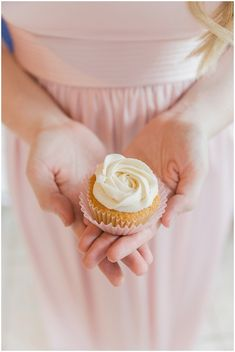 Wedding Cupcakes | The Budget Savvy Bride