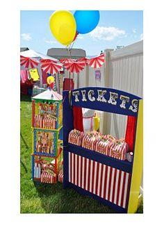 Fiesta circo A home-made ticket booth for a circus party! Circus Carnival Party, Circus Theme Party, Carnival Birthday Parties, Carnival Themes, Circus Birthday, Birthday Party Themes, Kids Carnival, Circus Circus, Birthday Ideas