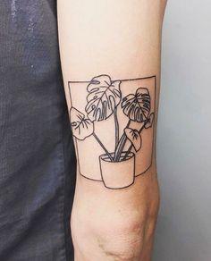 Nice Tattoo features tattoos in bright colors as well as gray and black fine-line tattoos. Hand Tattoos, Botanisches Tattoo, Tatoo Henna, Tiger Tattoo, Body Art Tattoos, Samoan Tattoo, Polynesian Tattoos, Tattoo Linework, Buddha Tattoos