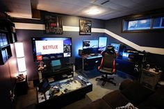 Cool Gaming Rooms For Guys - Best Video Game Room Ideas: Cool Gaming Setup Desig. Cool Gaming Rooms For Guys - Best Video Game Room Ideas: Cool Gaming Setup Designs, Gamer Room Decor, and Apartment Decorating Ideas - Bedroom, Living Room, Small Room Best Gaming Setup, Gaming Room Setup, Gaming Rooms, Pc Setup, Gamer Setup, Computer Room Decor, Ultimate Gaming Setup, Gaming Computer Setup, Computer Desks