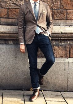 athensstyle:    All a man needs as far as clothes is conserned in one foto. A nice pair of long wing tip shoes, a good pair of denim. An expensive (preferably but not necessery) sport jacket and a knit tie with a leather belt. Thats all folks! :)