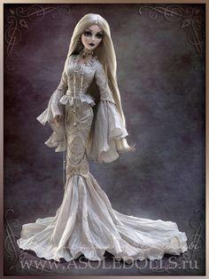 """Evangeline Ghastly -- """"Beautiful Nightmare""""; 17"""" strung vinyl doll."""