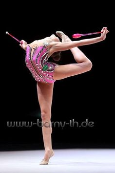 Arina AVERINA (Russia) ~ Clubs @ World Cup Baku-Azerbaijan 28-30/04/'17   Photographer Bernd Thierolf.
