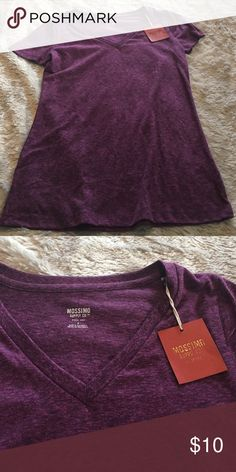 Women's Mossimo V Neck T Shirt Women's Mossimo V Neck Purple T Shirt Size Small. Mossimo Supply Co Tops Tees - Short Sleeve