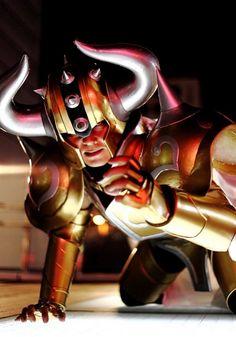 Taurus Aldebaran by: Kurou, Japanese Cosplayer - Site - http://en.curecos.com/profile/?ch=191868 ... pqp, q cosplay do c@#$%¨&
