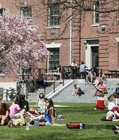 10 Tips from College Admissions Officers