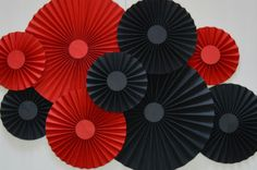 Red and Black Rosettes Paper Fans PinwheelsParty Black Party Decorations, Birthday Party Decorations, Casino Theme Parties, Party Themes, Spanish Party, Dessert Table Backdrop, Vegas Party, Creation Deco, Paper Fans