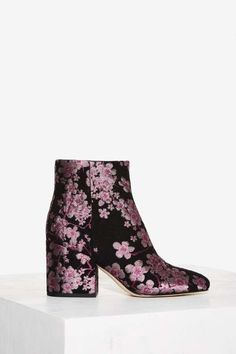Walk a mile in new high heels, sandals, flats, ankle booties or whatever takes your fancy. Shop all women's shoes at Nasty Gal. High Heel Boots, Heeled Boots, Bootie Boots, Shoe Boots, Ankle Boots, Purple Boots, Unique Shoes, Strappy Heels, New Shoes