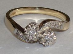 Yellow gold ring with 8 diamonds
