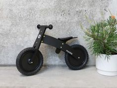 Mocka Ninja Bike - your little one will love zooming around in stealth mode on our top of the range balance bike. A fun and safe bike with adjustable seat