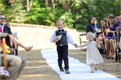flower girl and ring bearer | CHECK OUT MORE IDEAS AT WEDDINGPINS.NET | #weddings #flowergirls #ringbearers
