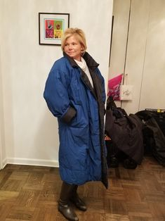 Norma Kamali Blue and Black Reversible Sleeping Bag Puffy/Ski Coat Size OS (one size). Free shipping and guaranteed authenticity on Norma Kamali Blue and Black Reversible Sleeping Bag Puffy/Ski Coat Size OS (one size)Vintage, REVERSIBLE, NORMA KAMALI OMO 80's Sleepin...