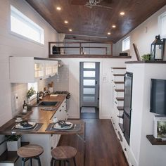 Laurier by Minimaliste Tiny House Living Room House Laurier Minimaliste Best Tiny House, Tiny House Plans, Tiny House On Wheels, Tiny Home Floor Plans, Building A Tiny House, Modern Tiny House, Building Homes, Building Stairs, Building Architecture
