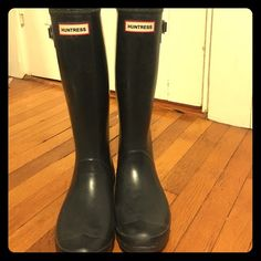 Hunter Huntress Navy Wellington Rain boot Great condition. Pre owned but lots of life left in these! Hunter Boots Shoes Winter & Rain Boots