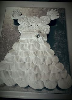 Wedding Dress Pull Apart Cupcake Cake Made By Miamar Event Styling