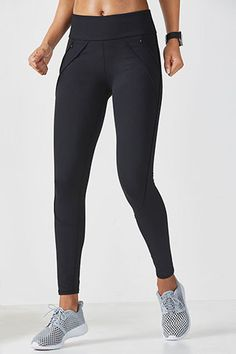 Both stylish and performance-packed, this compression legging fights sweat on contact, feels good on your skin, and blocks the sun with its UPF 50+ fabric. Stylized seaming creates a slimming effect and deep pockets store your goods when you're on the go.