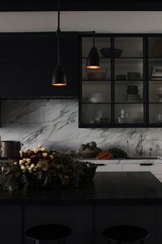San Francisco Kitchen - Dark Kitchen - Black - Marble - Moody #NICOLEHOLLIS Photo by Josephine Liu